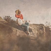 "New single by Norwegian folk-artist Eli Gauden – ""Another Day"""
