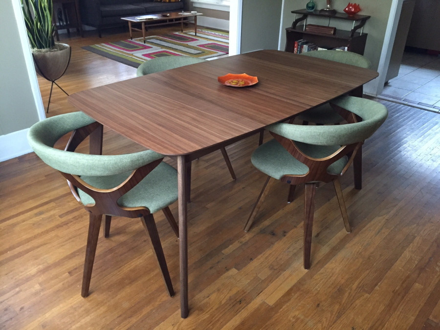 This midcentury modern-inspired dining room table and chairs is part of a Pasadena, Calif., home. (Solvej Schou/Associated Press)