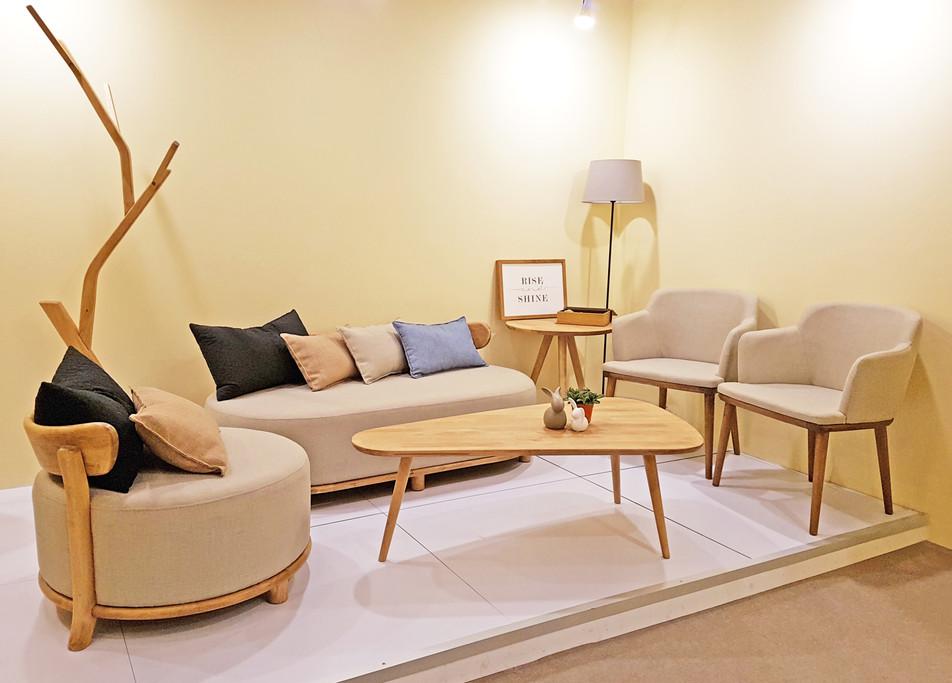 T 1 Lounge Sets