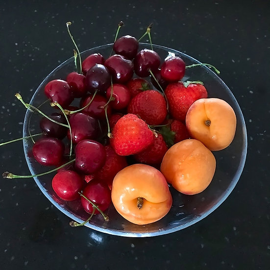 «Fruits on the plate» – FOTO-image
