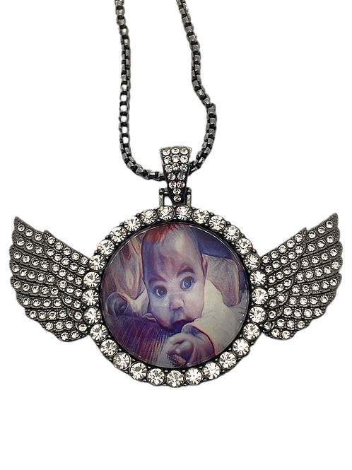 30mm Circle Wing Necklace
