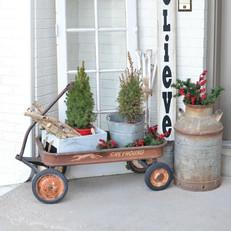 christmas-porch-post-1537480426.jpg