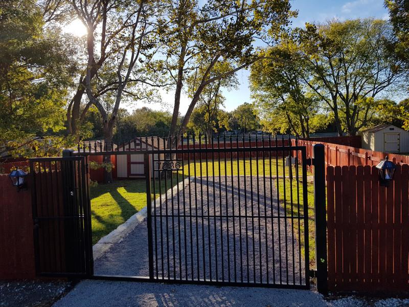 7236 Open Gate.jpg