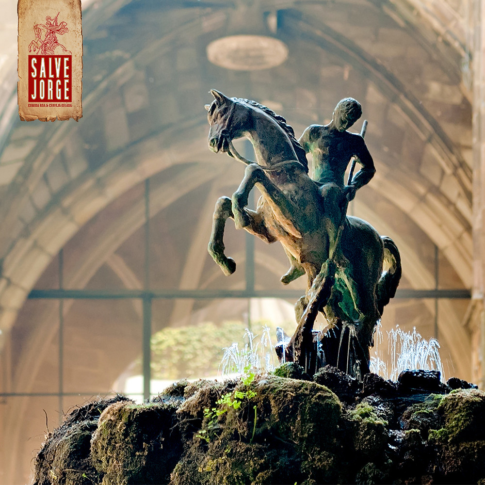 São Jorge montado em seu cavalo branco
