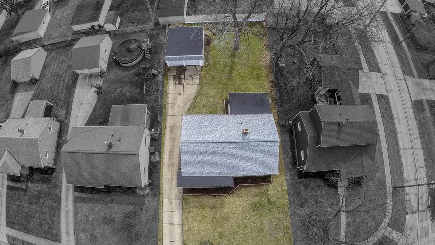 drone_3_3 BW.jpg