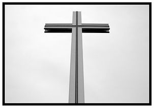 phoenix-park-popes-cross.jpg