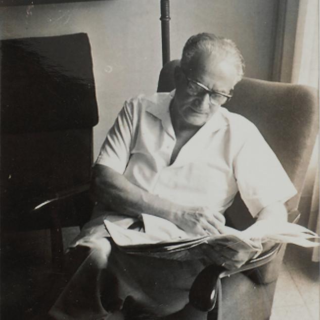 בונדי בביתו בתל אביב, שנות ה-60