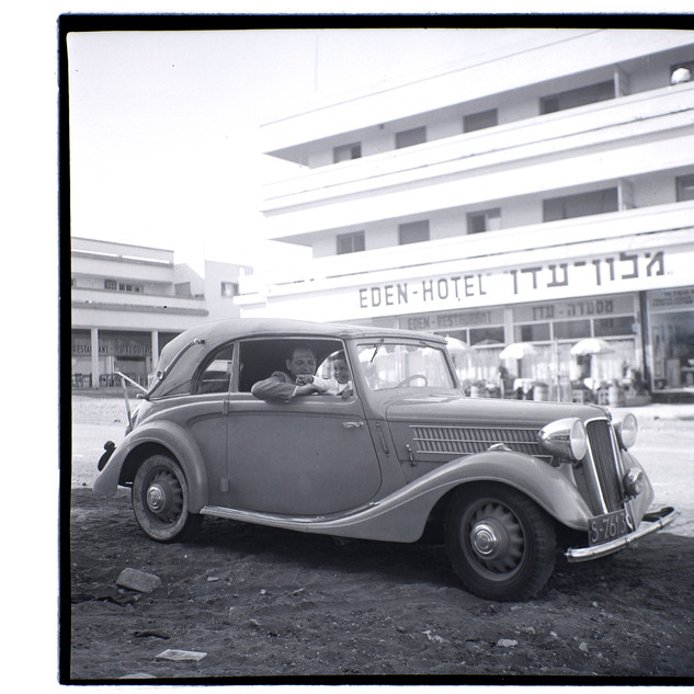 """המכונית הראשונה של אנדרי, ביבוא מקומארנו שבסלובקיה לפלשתינה א""""י, 1939"""