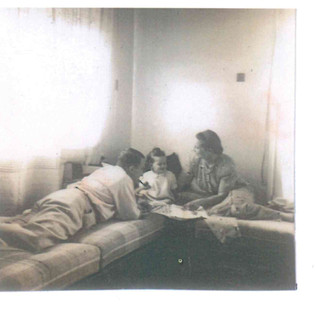 Bundi, his wife Finy & son Tommy in their first apartment in Palestine, Tel Aviv, 1939