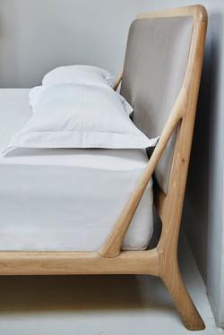Melike Queen Bed
