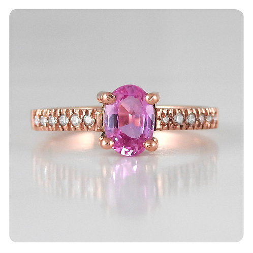 Single stone Pink Saphire Ring
