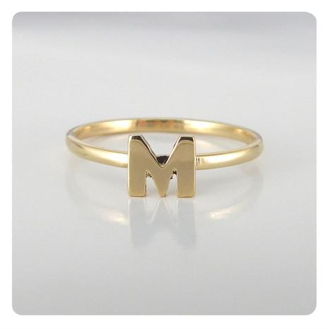 anillo letra M.jpg
