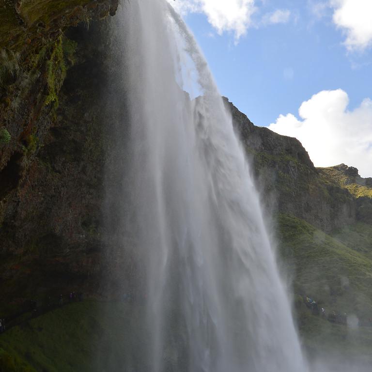Iceland Northern Lights Winter Adventure 2020