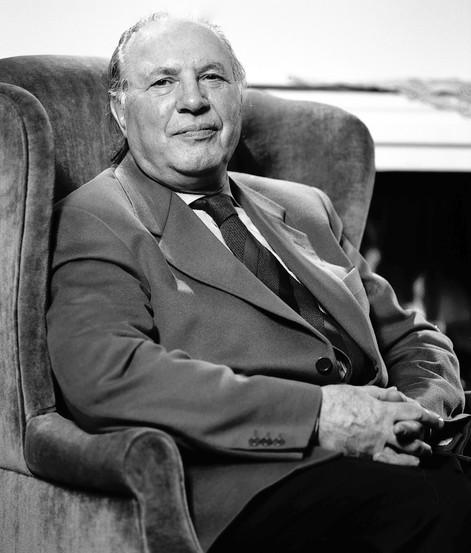 Imre Kertész/Nobel Prize Writer