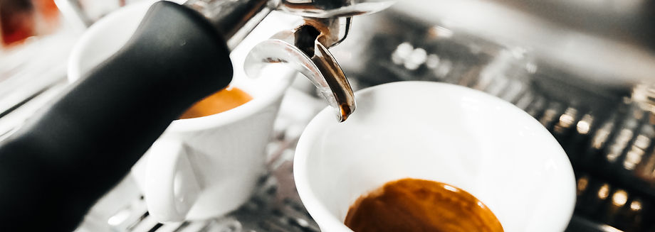 freshly-brewed-coffees-from-coffee-machi