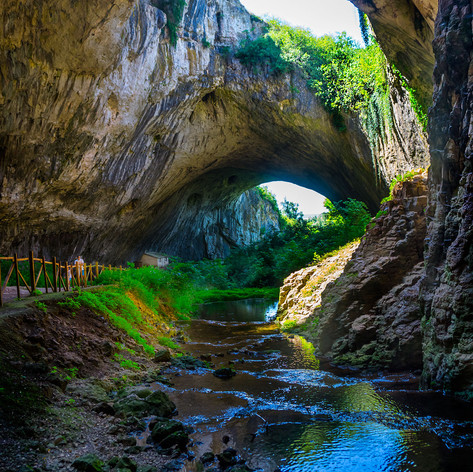 """Галя Николаева - """"Деветашка пещера - вечност"""" - 9 юли 2016 г. - на 18 км. североизточно от Ловеч"""
