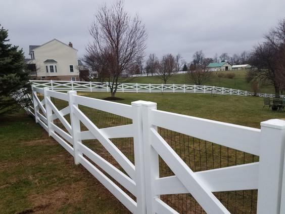 HSL - Fence 1 - 5 Board Vinyl Estate