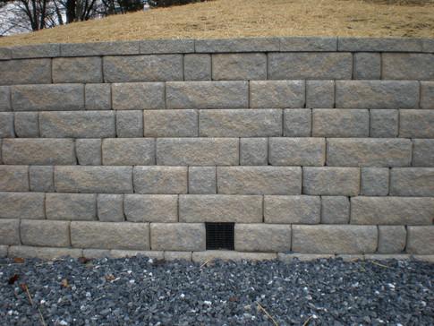 HSL - Drainage 7b w-retaining wall