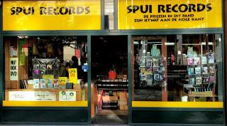 """L'excellente boutique """"Spui records"""" va vendre notre disque. Et nous en sommes fiers !"""