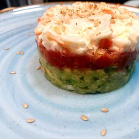 Tartar de guacamole tricolor