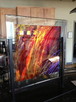 Studio Glass Display | 18 x 18