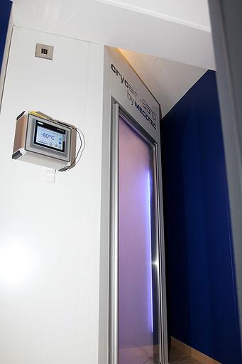 cabine de cryothérapie corps entier étang salé la réunion