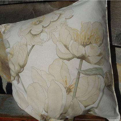 Cushion Peony 53, Paradis Collection