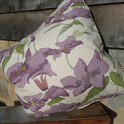 Cushion Clematis 4, Handpicked Collection