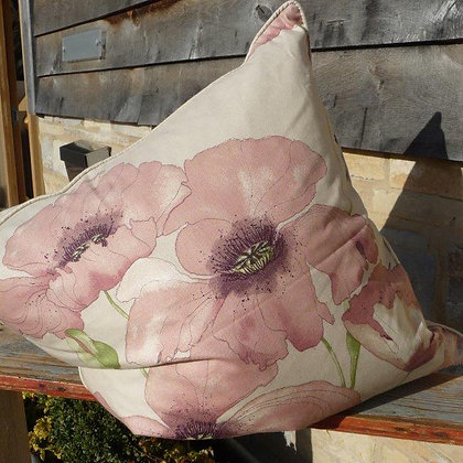 Cushion Poppy 63, Paradis Collection