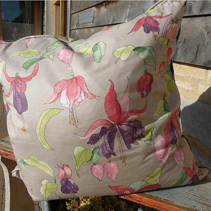 Cushion Fleur Fuchsia 3, In Bloom Collection