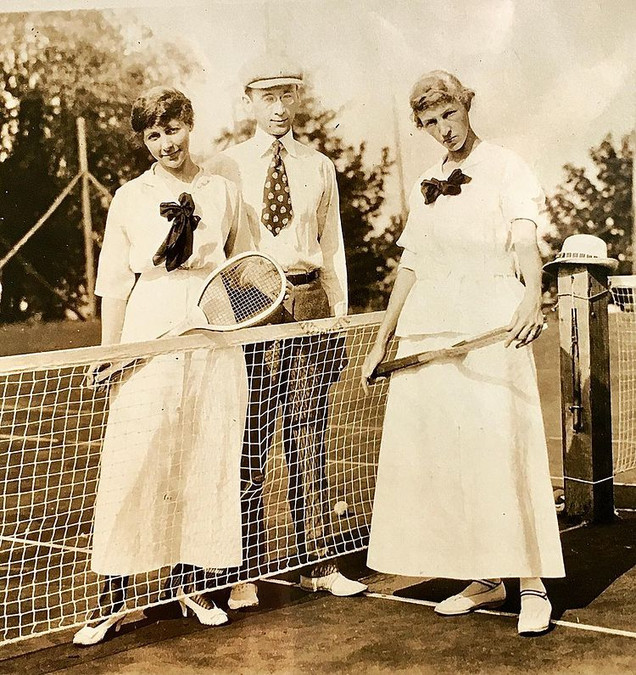 Tennis Outing Photo - 1919
