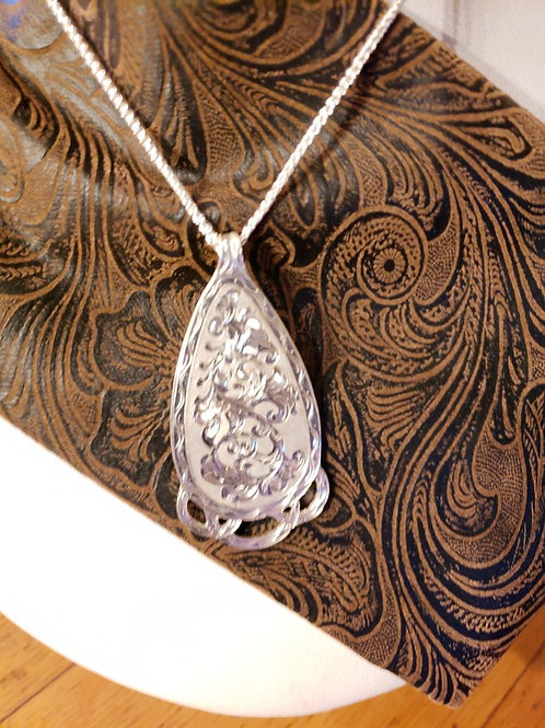 Tear Drop Engraved Pendant