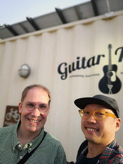 with 佐藤慎一 (Bass)