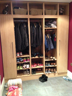Boot room storage in Oak
