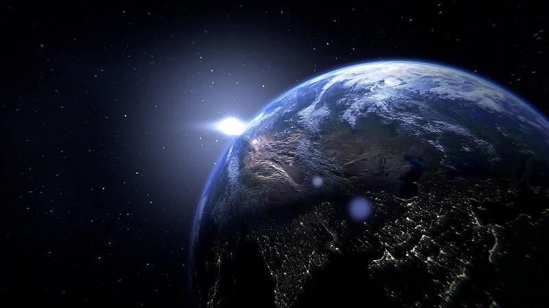 planet-1348079_1920_edited.jpg