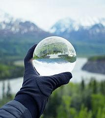 Kristal Cam Üzerine Yansıtan Doğa