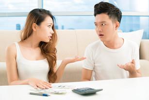 5 HÁBITOS FINANCIEROS QUE ACABARÁN CON TU RELACIÓN