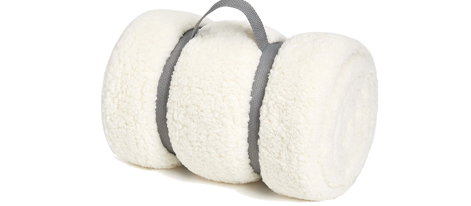 Sherpa Throw Blanket (Barefoot Dreams Dupe) - $17.09 (10% off)