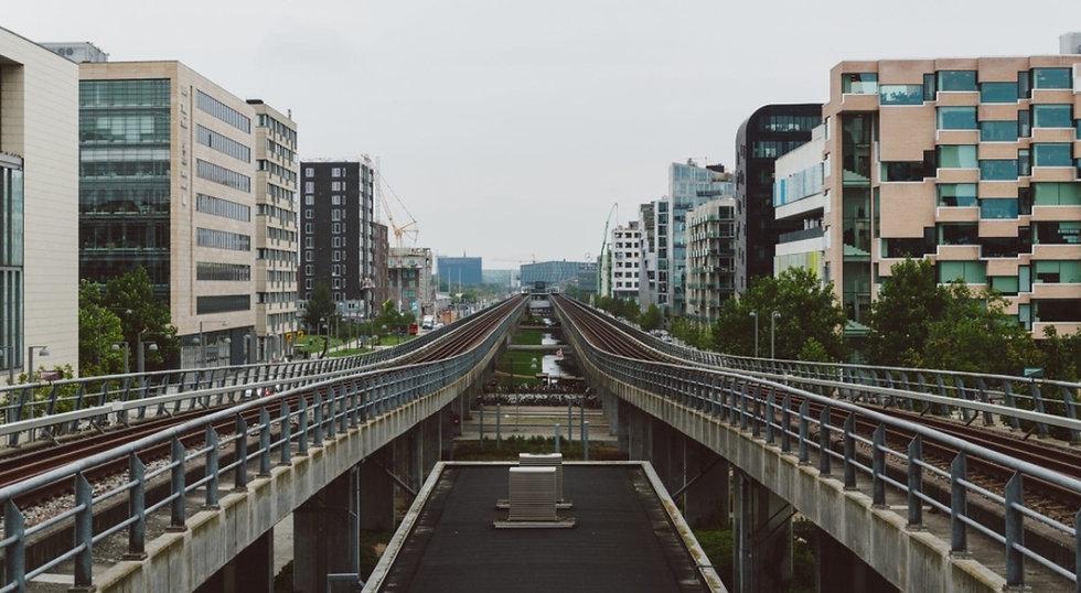 Bygninger og togbane - Siqons laver dokumentation som gruppeplaner, oplaner, situationsplaner m.m.