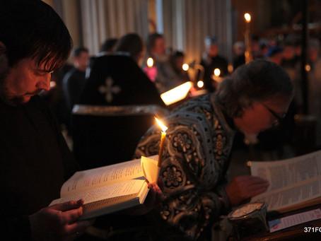 В НАШЕМ ХРАМЕ СОВЕРШЕНА УТРЕНЯ ВЕЛИКОГО ПЯТКА С ЧТЕНИЕМ 12-ТИ СТРАСТНЫХ ЕВАНГЕЛИЙ