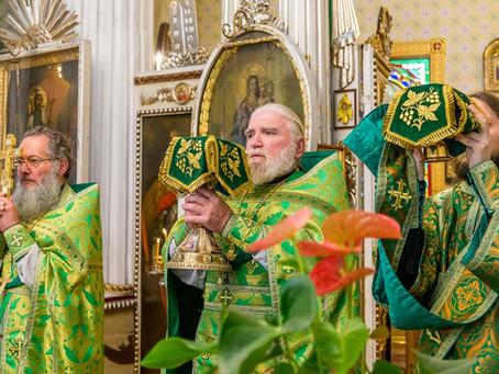 Малый престольный в Рижском Александро-Невском храме. НАГРАЖДЕНИЕ