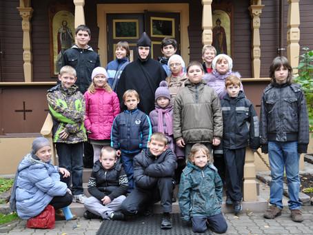Воскресная школа рижского Александра-Невского храма посетила рижский монастырь. Фоторепортаж