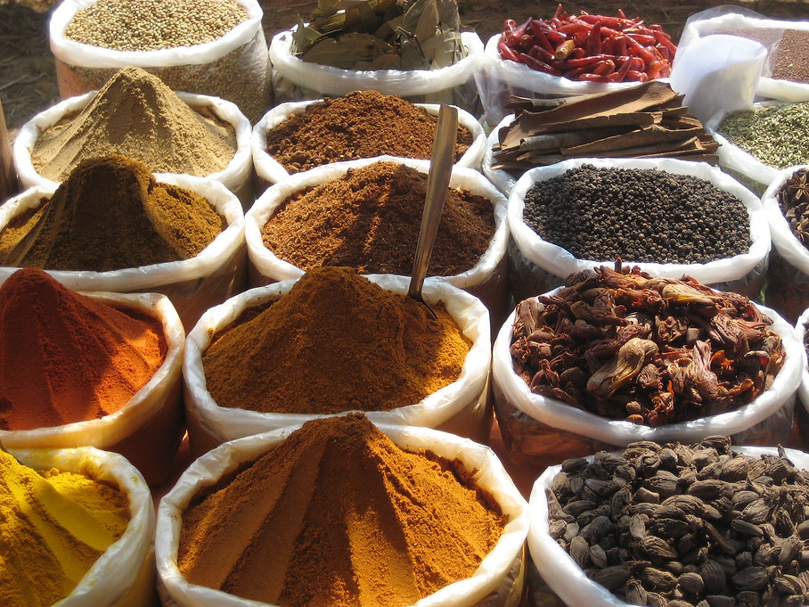 natural dying with herbs, spices and minerals