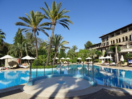 pool-hotel-arabella.jpg