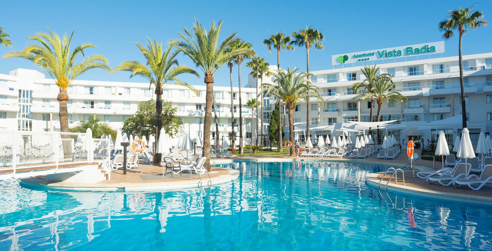 HOTEL PORTADA.jpg