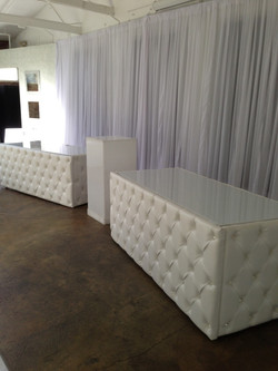 Tufted Table 6'