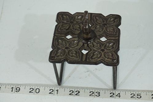 1895 Linder Quilt Frame Clamp