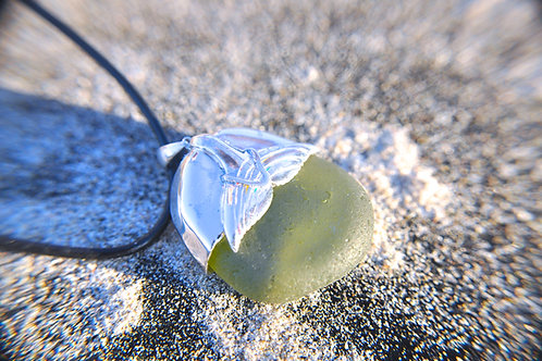 Sea Glass Lei Whale Tale Sterling Silver Necklace