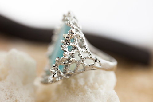 Beautiful SS Coral Motif Cocktail Ring with Ocean Blue Seaglass