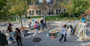Enajsta šola pod mostom: plastično mesto